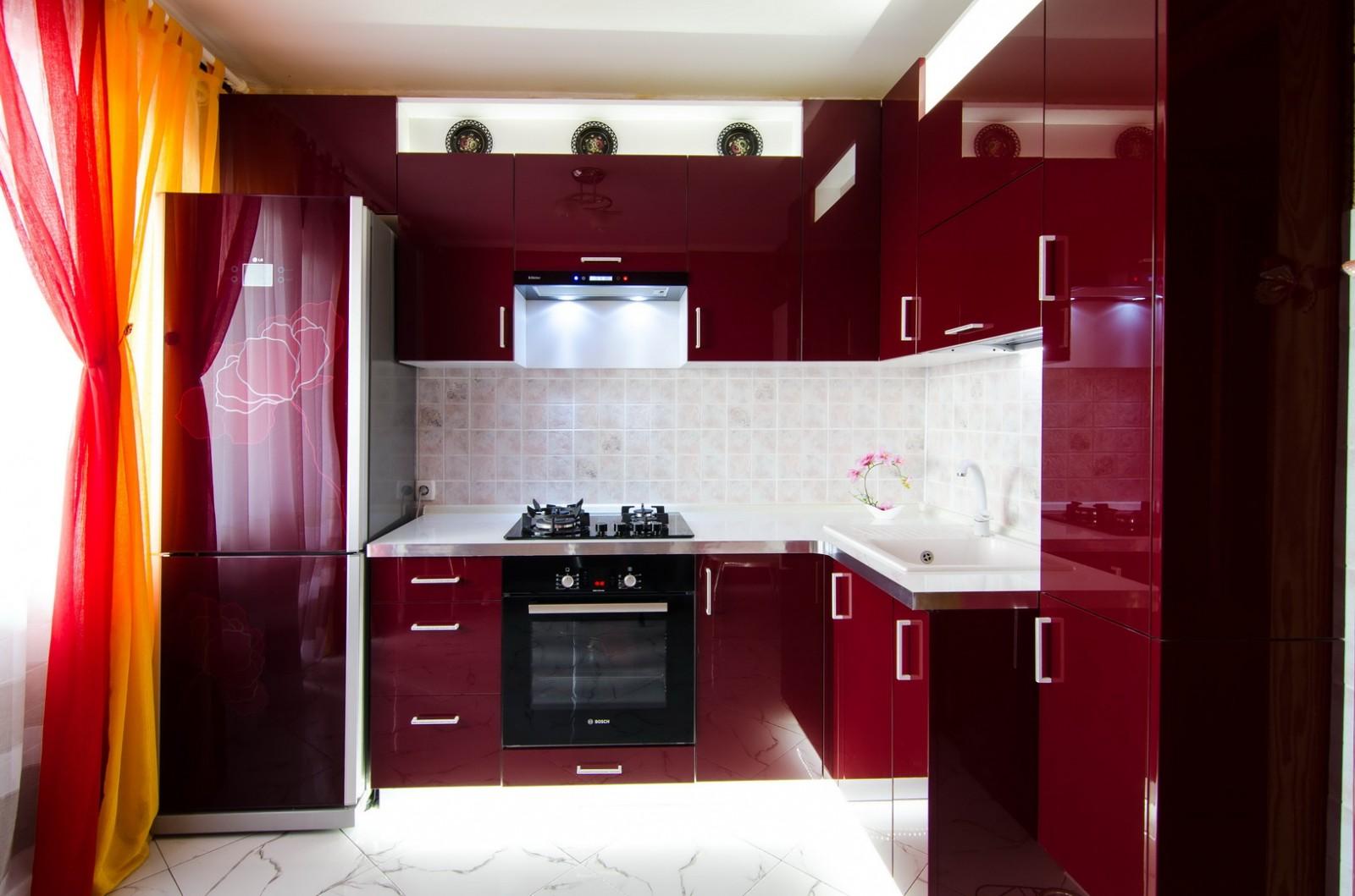 Кухни вишня цвета фото в интерьере