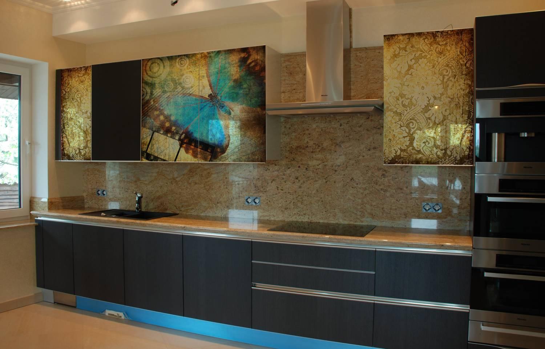 Дизайн кухни с фотопечатью на фасадах